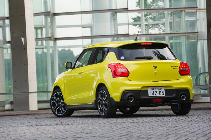フルモデルチェンジにより、スズキの新世代プラットフォーム「ハーテクト」の採用車となった「スイフトスポーツ」。ボディー剛性の向上とともに、従来モデル比で70kgの軽量化も実現している。