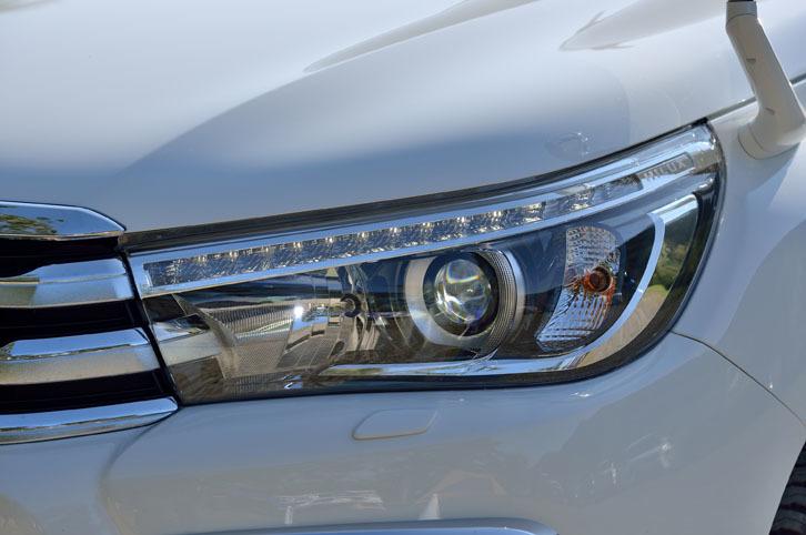 オートレベリング機能がついた、LEDヘッドランプ。上級グレード「Z」に搭載される。