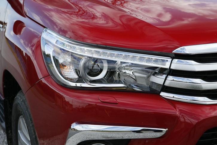 今回試乗した上級グレード「Z」には、オートレベリング機能付きのLEDヘッドランプが標準装備される。