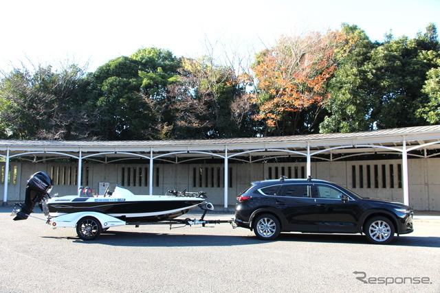 トレーラーヒッチもオプション設定されている(マツダ CX-8)