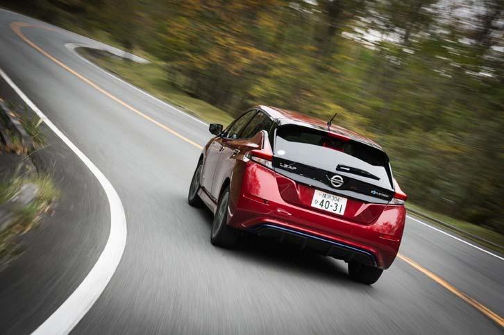 540.5kmを走行しての電力消費率は6.4km/kWh(車載計計測値)。急速充電の回数は5回にのぼった。
