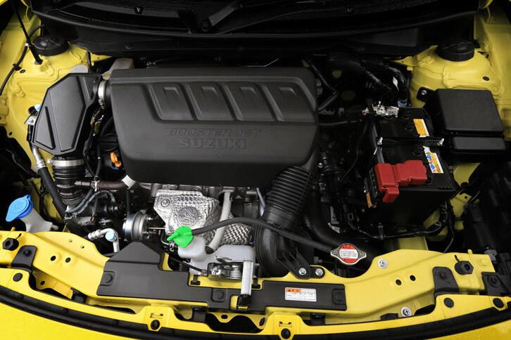 「エスクード1.4ターボ」にも搭載される「K14C」型1.4リッター直4直噴ターボエンジン。ハイオク仕様とすることで、最高出力を140psに、最大トルクを230Nmに高めている。