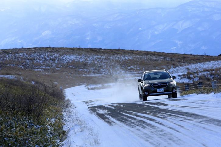 今回の試乗では、4WD性能を試すために長野県の霧ヶ峰高原に向かった。