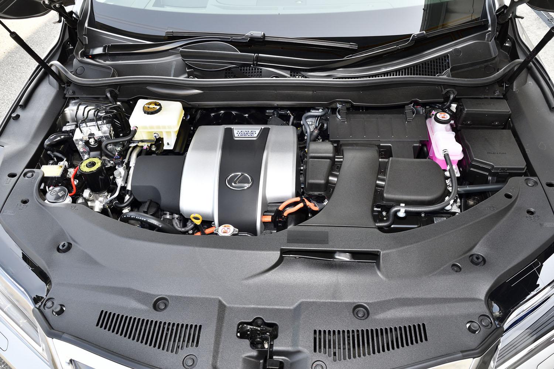 3.5リッターV6アトキンソンサイクルエンジン(262ps)を中心に構成したハイブリッドシステムを搭載する。