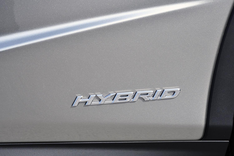 レクサスハイブリッドドライブのシステム最高出力は313ps。
