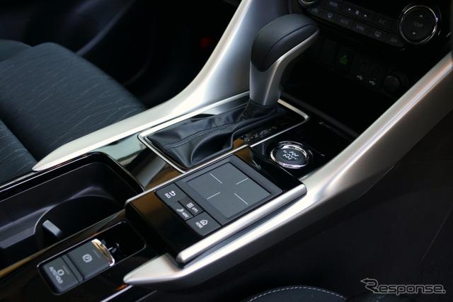 三菱 エクリプスクロス G Plus Package ・4WD
