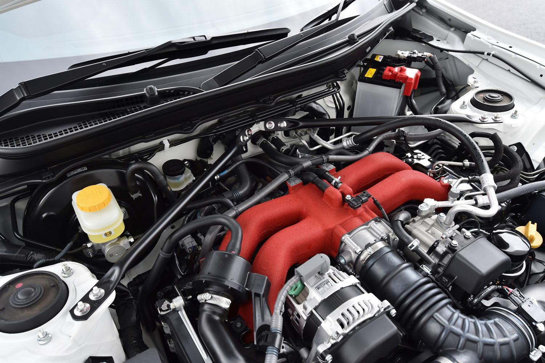 自然吸気の2リッター水平対向4気筒エンジン。スペックはノーマルの「86」(6MT車)と変わらず、最高出力207ps、最大トルク212Nmを発生する。