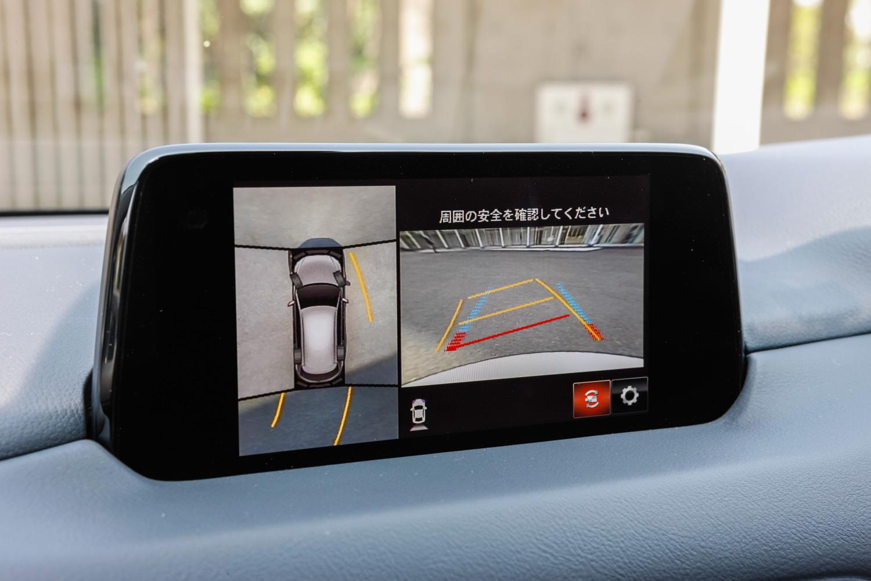 「プロアクティブ」と「Lパッケージ」には、死角や障害物との距離を目視で確認できる「360°ビューモニター」が備わる(メーカーオプション)。