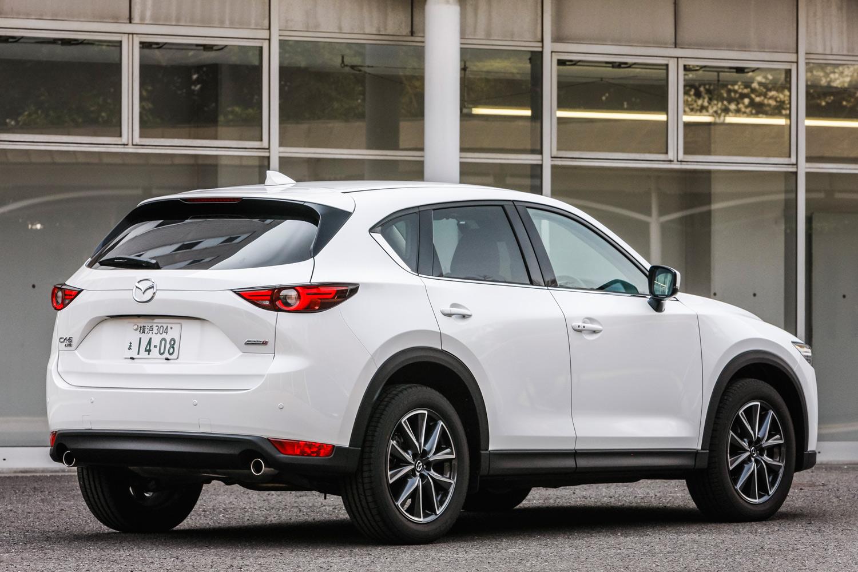 「CX-5」はマツダのグローバル販売の4分の1を占める人気車種。新型は2018年2月の発表以降、すでに1万台以上を受注しているという。
