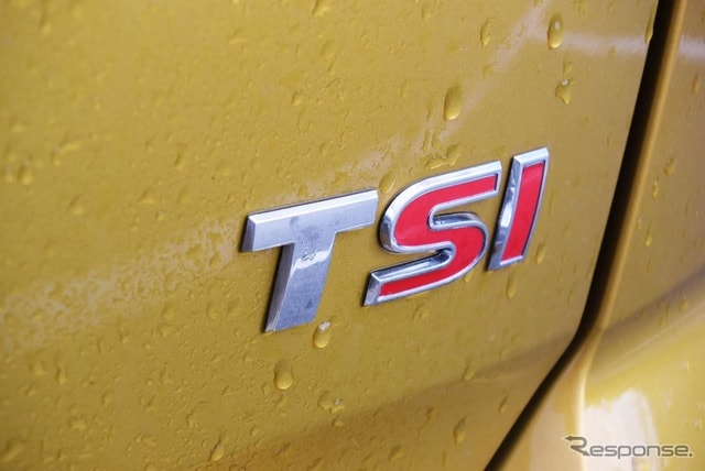 直噴ガソリンターボを表すTSIのロゴ。