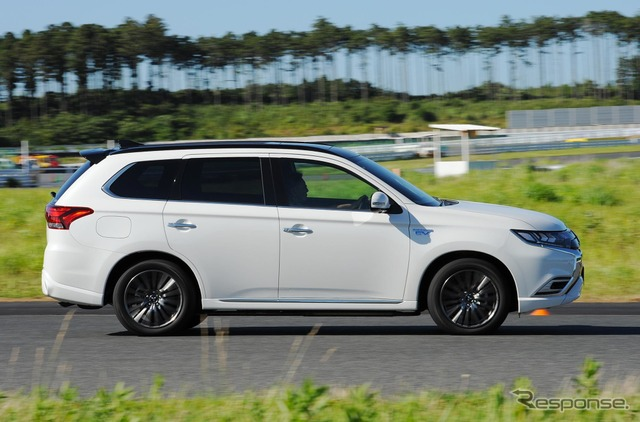 三菱 アウトランダーPHEV 改良新型(2019年モデル)