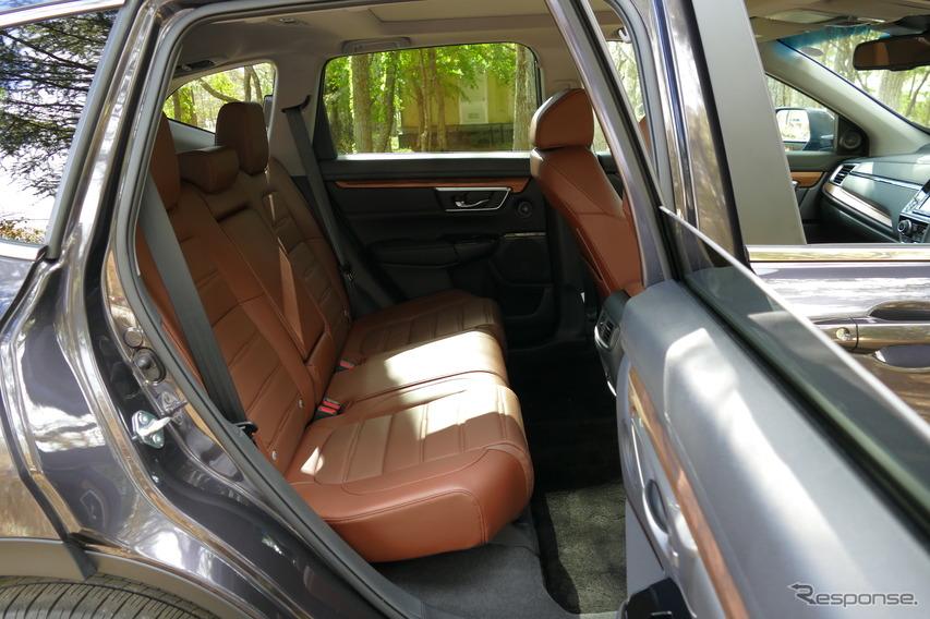 ホンダ CR-V HYBRID EX・Masterpiece 4WD