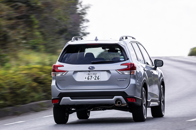 発表当初は、受注モデルの約4割が「e-BOXER」と「ドライバーモニタリングシステム」を搭載するこの「アドバンス」グレードだったという。