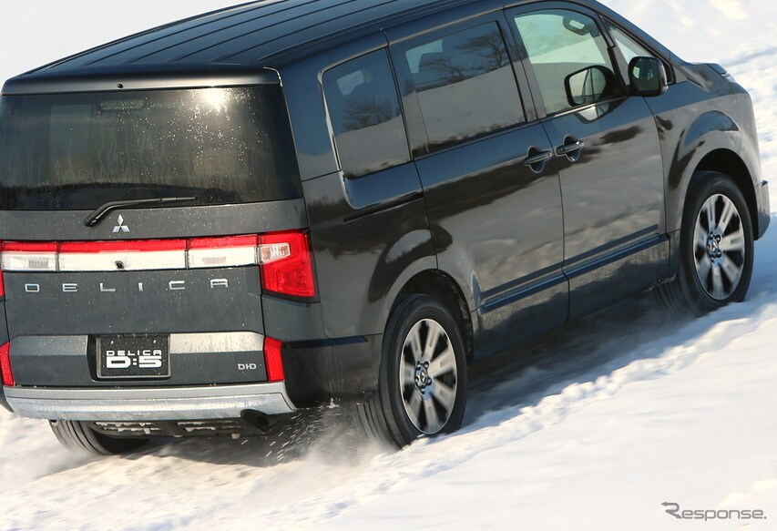 三菱 デリカD:5 新型を雪上で試す(三菱雪上試乗会)