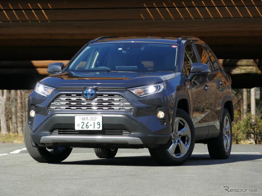 【トヨタ RAV4 新型試乗】ハイブリッドは燃費、機能性、実用性重視派に薦めたい…島崎七生人