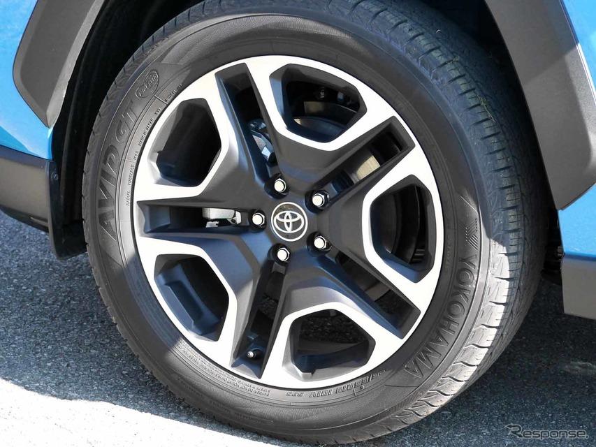 トヨタ RAV4 アドベンチャー