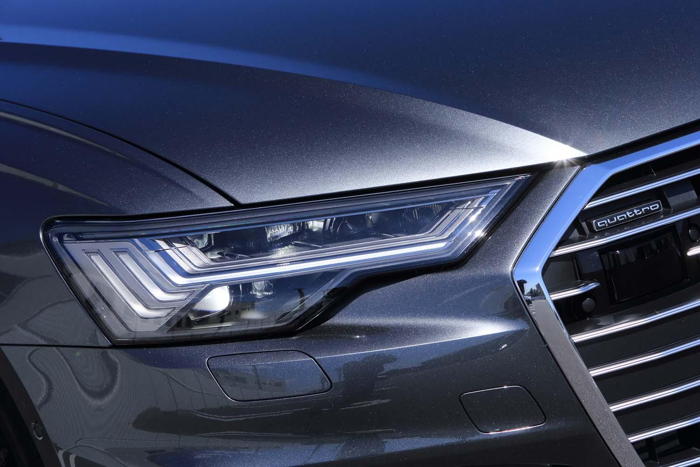 今回の試乗車「A6セダン55 TFSIクワトロSライン」は、「HDマトリクスLEDヘッドライト」を標準装備する。