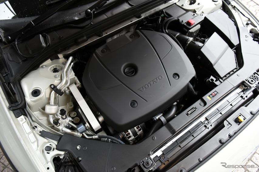 ボルボ V60クロスカントリー T5