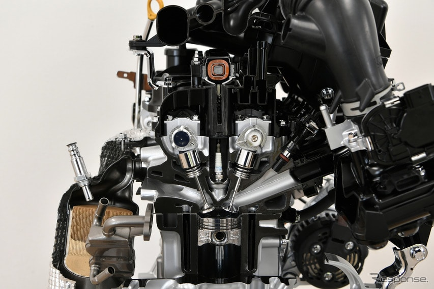 ダイハツ タント 新型のエンジン