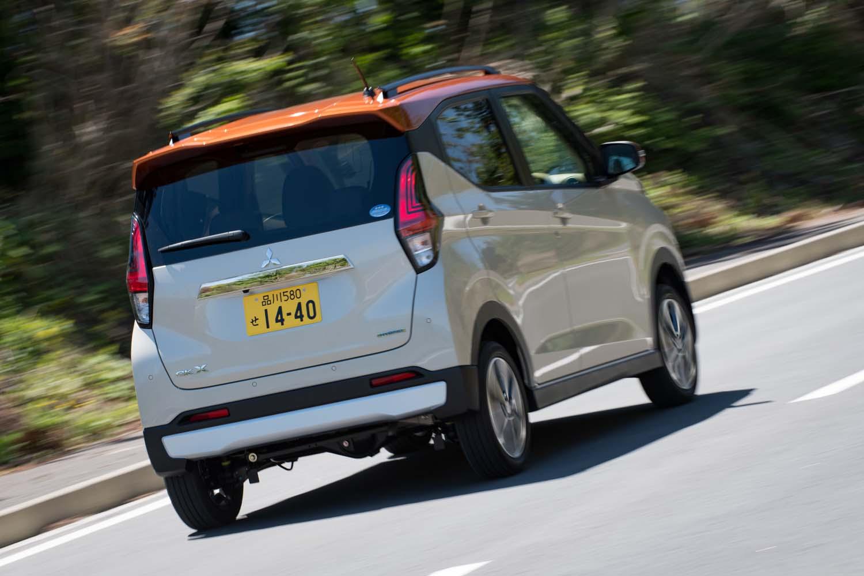 従来は副変速機を備えたコンパクトカーと共用可能なCVTを搭載していたが、新型では新開発の軽自動車専用CVTを採用。コンパクトかつ軽量で、変速比幅が軽に最適化されているのが強みだ。