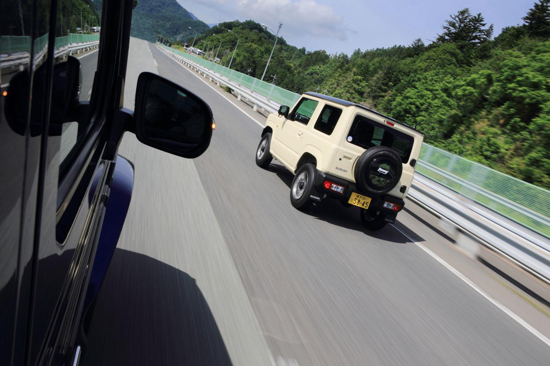 中央自動車道を東京から河口湖方面へと向かう。今回の試乗は東京・丸の内-山梨・富士ヶ嶺の往復で行った。