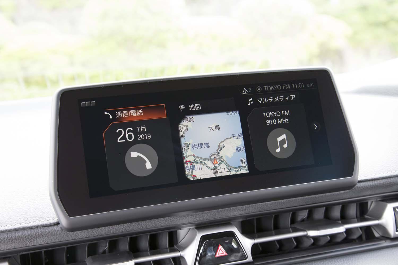 ダッシュボード中央の8.8インチディスプレイ。新型「スープラ」は、Apple CarPlayとAndroid Autoにも対応している。
