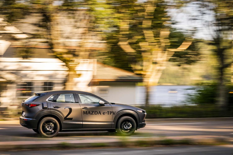 """ファン・トゥ・ドライブのイメージとは結びつきにくいEVだが、マツダが開発している車両からは、極めて高い""""人車一体感""""が伝わってきた。"""