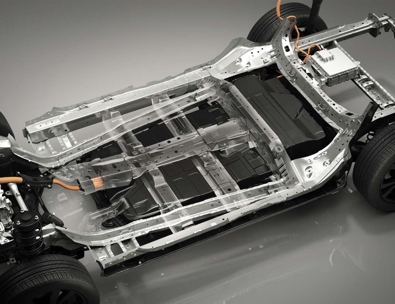 バッテリーパックとフレームが強固に結合したe-TPVのシャシー。これにより、車体の低重心化とボディー剛性の強化が図られている。