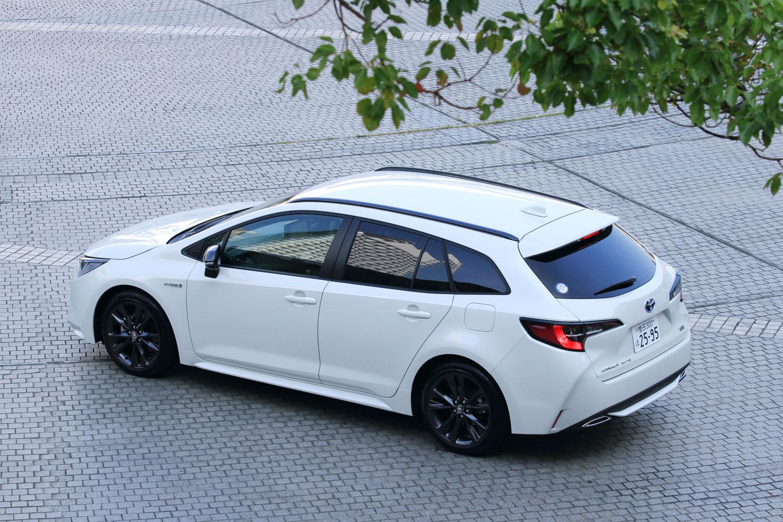 日本市場に合わせるため、さまざまな工夫が盛り込まれた新型「カローラ」だが、エンジンの設定が自動車税の税制に合っていない点がやや気になった。