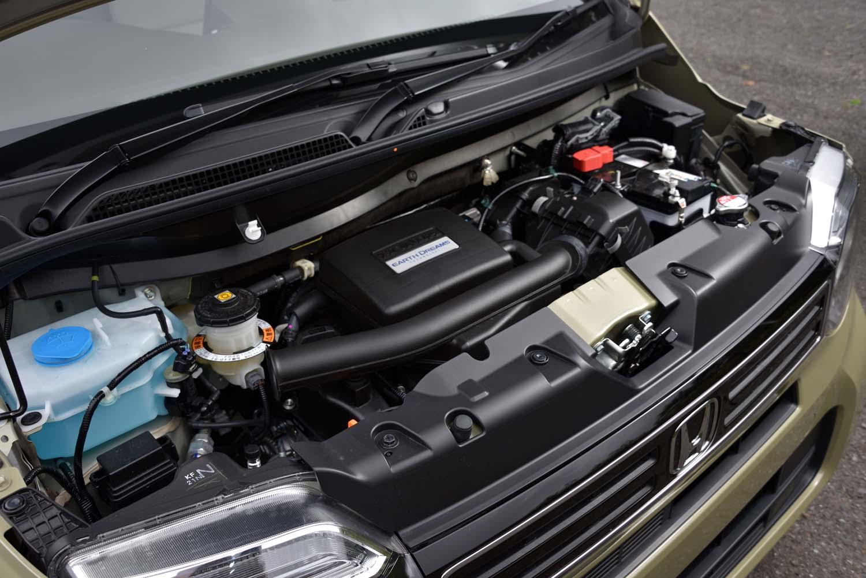 エンジンは「N-BOX」のものと共通。今回試乗した自然吸気モデルのほかに、ターボエンジン搭載車もラインナップされている。
