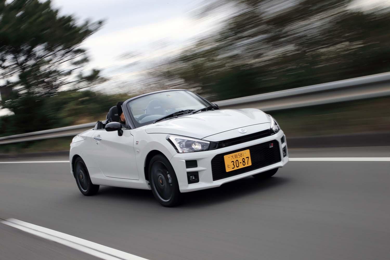 トヨタ・コペンGRスポーツ(FF/CVT)/ダイハツ・コペンGRスポーツ(FF/5MT)