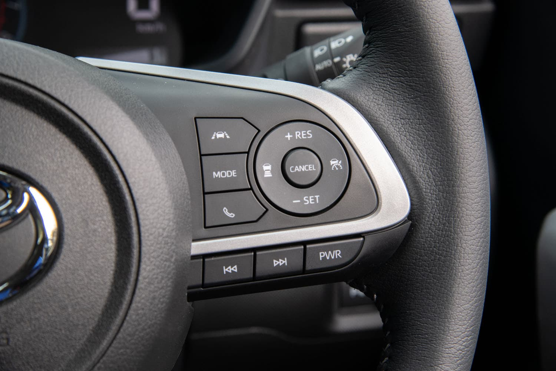 最新の運転支援システムも「ロッキー」「ライズ」の魅力。アダプティブクルーズコントロールは全車速対応型で、自動操舵技術を用いた駐車支援機能も用意される。