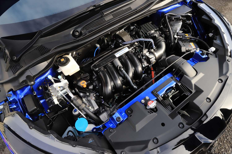 1.5リッターエンジンをベースとするハイブリッドユニット。トランスミッションは7段ATが組み合わされる。