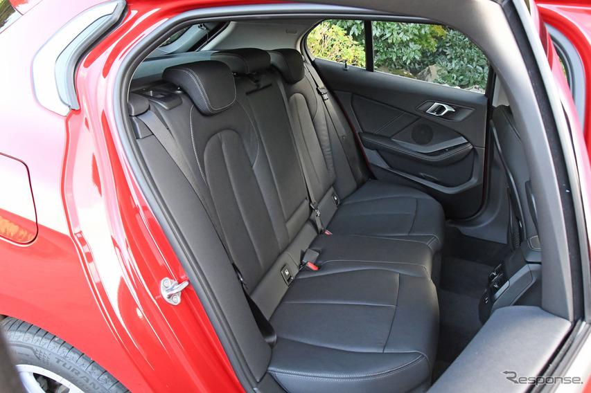 BMW 1シリーズ 新型(118i プレイ)