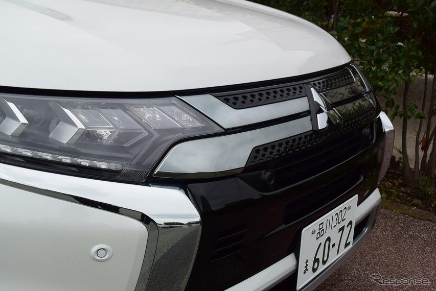 フロントエンド。ヘッドランプはハイ/ロービーム自動切換え式で、明るさも十分だったが、車格的には可変配光型のアクティブハイビームが欲しい。