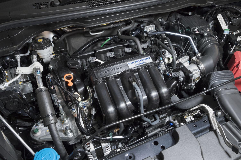 最高出力98PS、最大トルク118N・mを発生する、自然吸気の1.3リッター直4エンジン。トランスミッションにはCVTが組み合わされる。