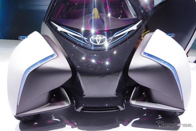 トヨタ i-TRIL(ジュネーブモーターショー2017)