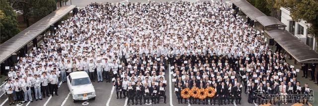 3月6日に開催された「カローラ花冠パレード」出発式の様子