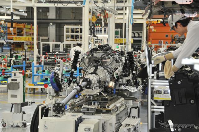 【レクサス LC】アッセンブリー工場公開…1人が20分の工程を担当することでコンパクトなラインを実現[写真蔵]