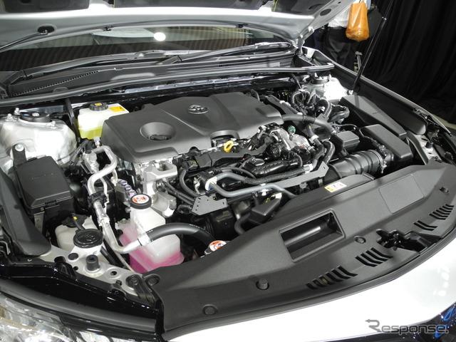 新型『カムリ』のエンジンルーム