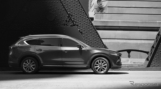 マツダが25日に公開した新型SUV、CX-8の外観デザイン