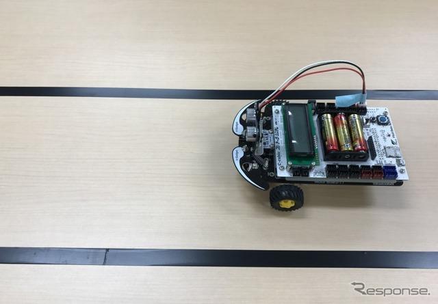 ロボットをまっすぐ走るよう調整