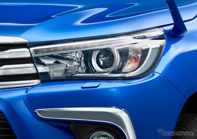 トヨタ ハイラックス Z LEDヘッドランプ(オートレベリング機能付)/ヘッドランプクリーナー