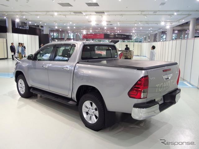 トヨタ・ハイラックス