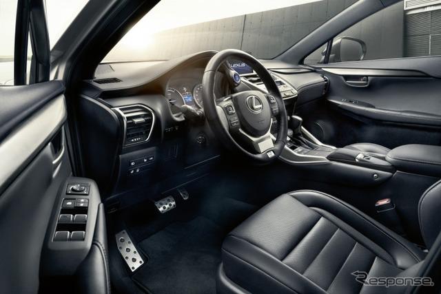 レクサスNX300h の2018年モデル