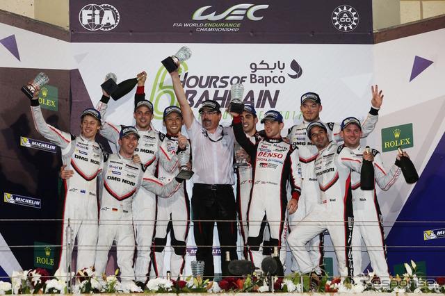 2017年WEC最終戦、トヨタGAZOOレーシングはシーズン5勝目を達成し、ポルシェとの対決を締めくくった(最終戦2-3位はポルシェ)。