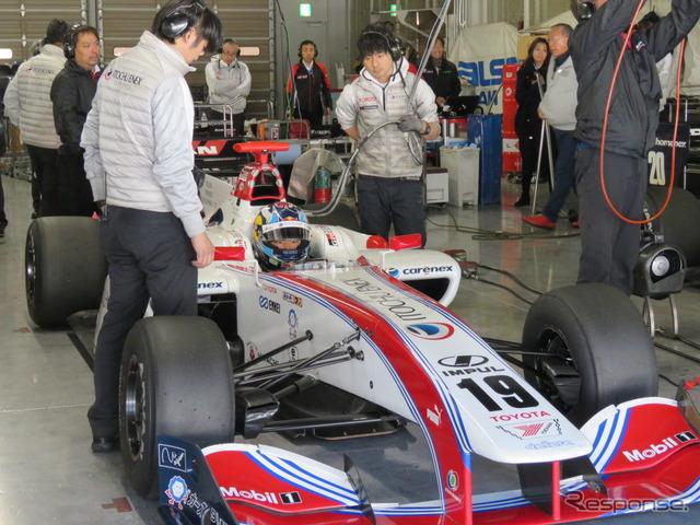 昨年12月の鈴鹿テストでの平川亮(TEAM IMPUL)。今季のカーナンバーは#20になる。