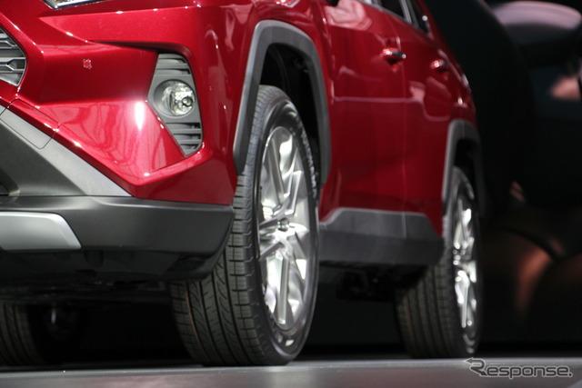 トヨタRAV4新型(ニューヨークモーターショー2018)