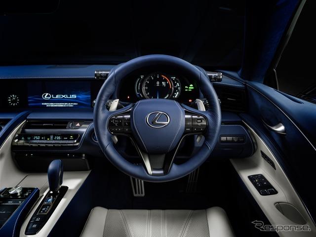 特別仕様車専用内装色 ブルーモーメント