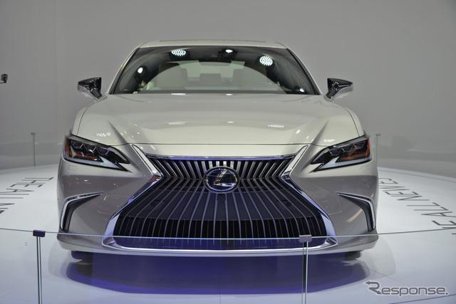 レクサスES(北京モーターショー2018)